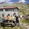 Il fascino dei rifugi d'autunno: nuove e insolite occasioni per vivere la montagna