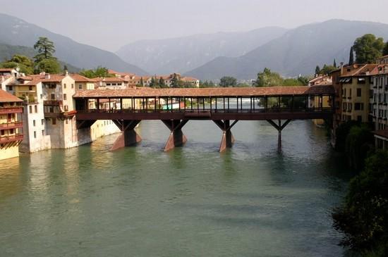 Ponte degli Alpini Bassano, riprendono i lavori: consegnato cantiere ad una azienda trentina