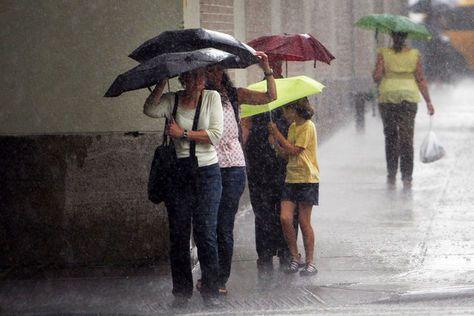 """Arriva Giunone a rovinare la domenica di mare, previsti temporali"""""""