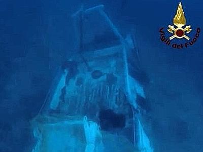 Lampedusabarcone_affondato--400x300