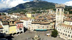 Trento, Giovane veneta frequenta Università per trovare cura alla sua malattia