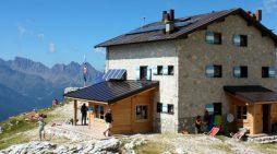 """San Martino di Castrozza, la SAT cerca un nuovo gestore per il Rifugio alpino """"Velo della Madonna"""": domande entro il 18 febbraio"""