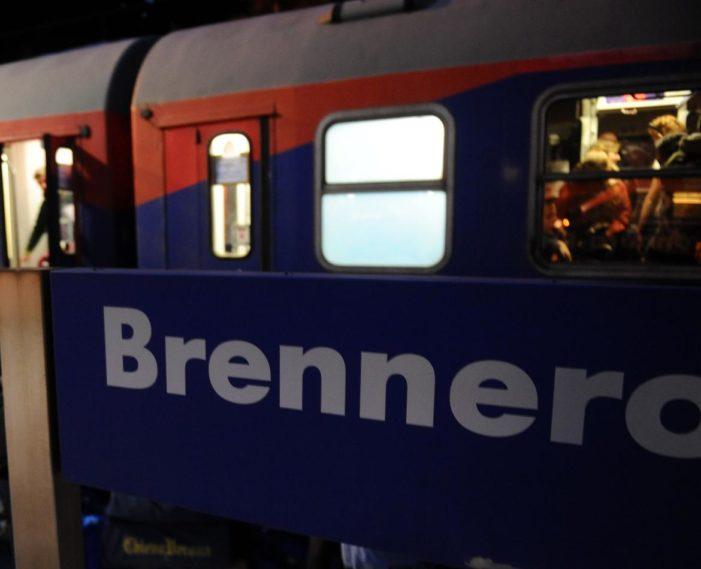Al Brennero l'Austria invia i militari, ira dell'Italia