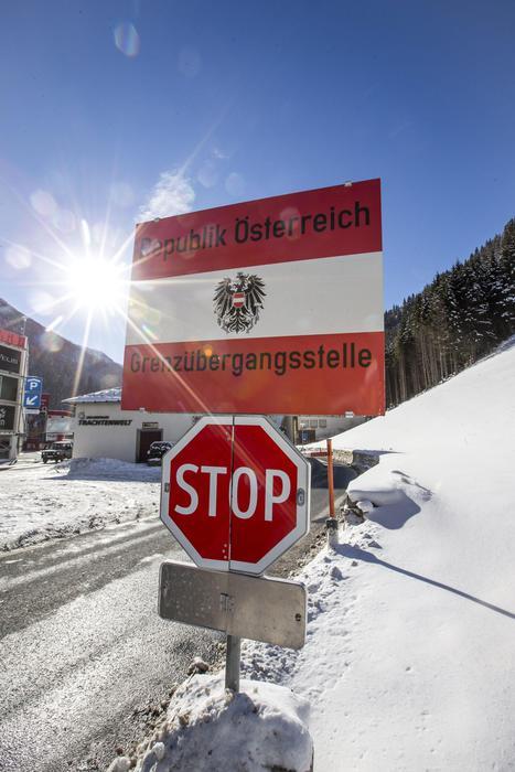 "Austria, Kern a Gentiloni: ""Mai contro l'Italia"""