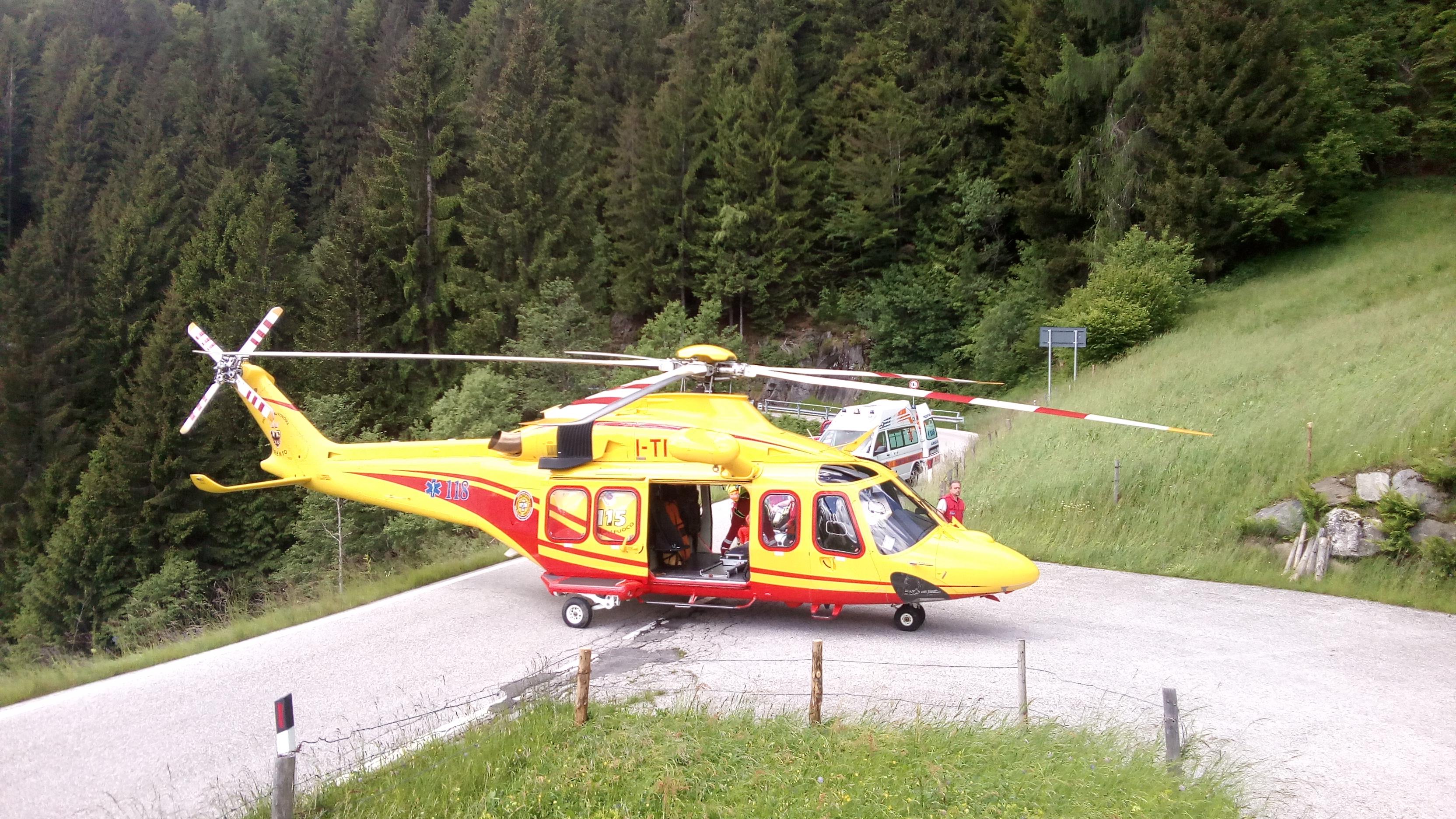 Elicottero 139 : Agusta aw 139 dd torna operativo il secondo elicottero della