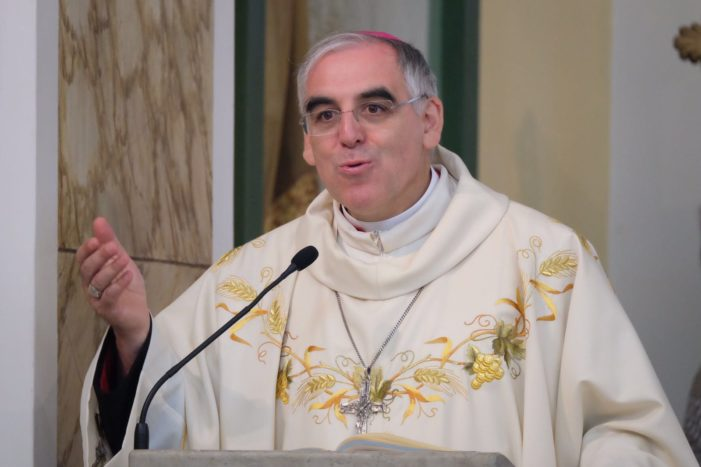Trento, Arcivescovo Tisi: attraversare il tempo cercando gli altri. Il primo gennaio fiaccolata dei cristiani