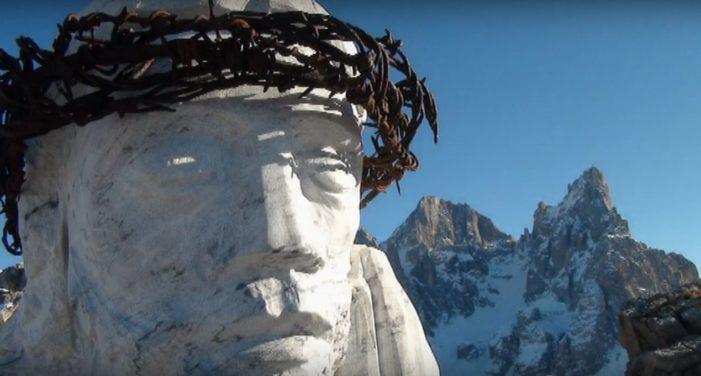 """Passo Rolle, Buone Feste dal Monte Castellazzo: tra le trincee della Grande Guerra e il """"Cristo Pensante"""" (VIDEO)"""