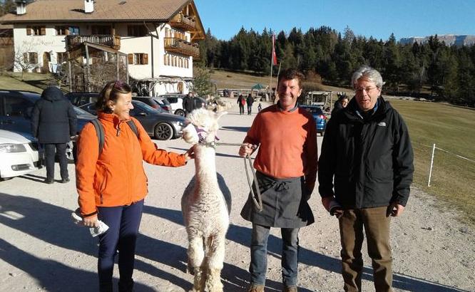 Il premier Gentiloni giunto a Corvara in Alto Adige