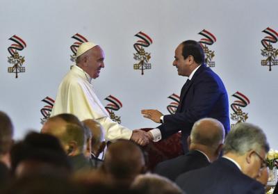 Egitto, il Papa ripartito per Roma