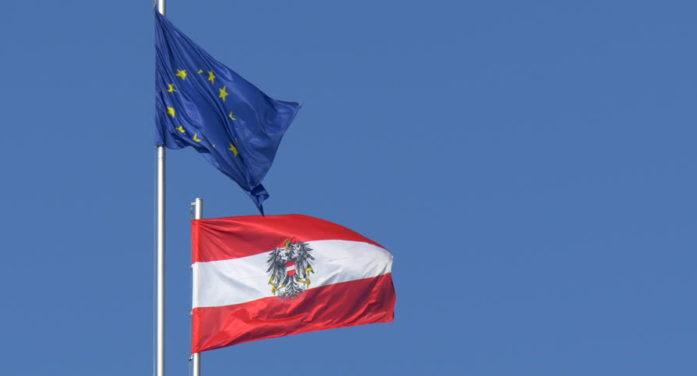 Vienna insiste su doppio passaporto