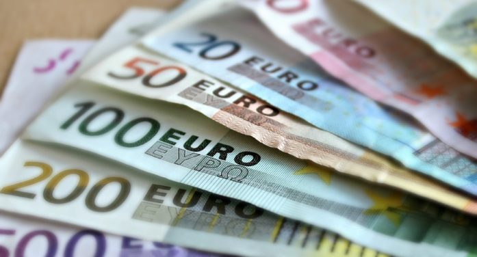 Eurostat, in Italia per il 29% il costo delle cure è un peso