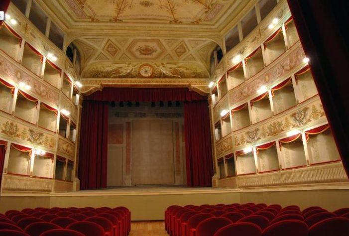"""Feltre, Teatro de la Sena: al via la terza edizione della rassegna teatrale """"Sena Ridens"""""""