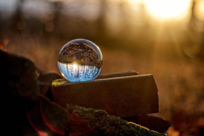 Ora solare 2018, tra il 27 e il 28 ottobre lancette indietro di un'ora: sarà l'ultima volta?