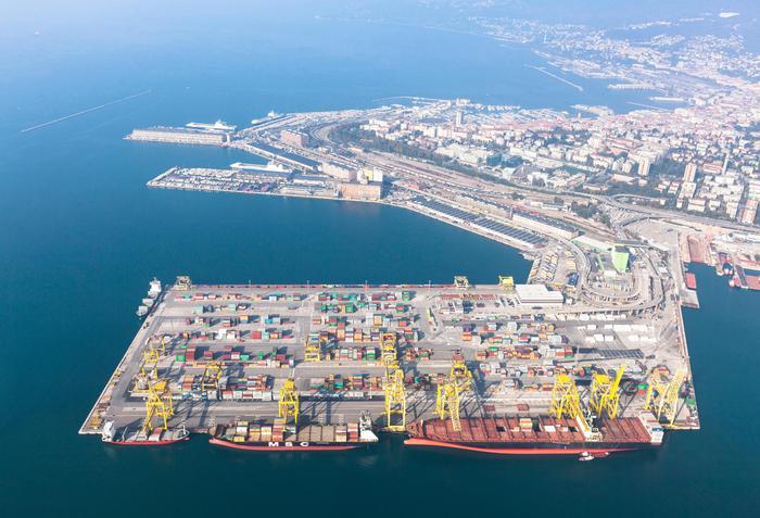 NordEst, è Trieste il primo porto in Italia per tonnellaggio e ferrovia
