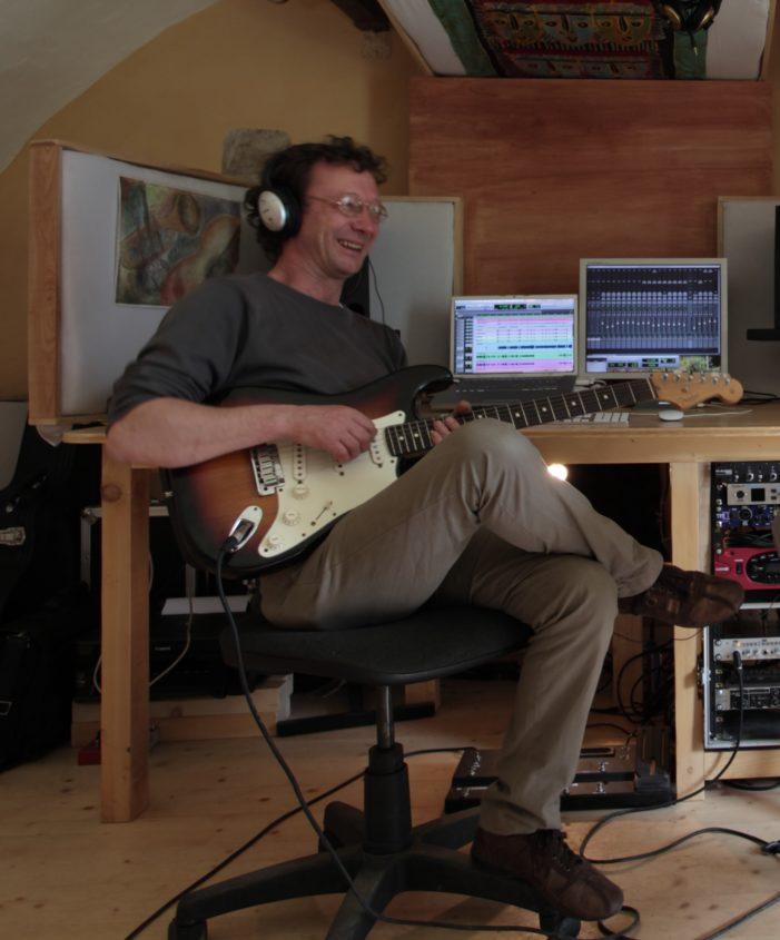 Da Primiero a Londra – New York e ritorno: Mario Bettega si racconta sulle note della sua chitarra