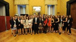 """Studenti primierotti in Parlamento, incontrano il deputato Questore della Camera, Riccardo Fraccaro: """"Entusiasti e preparati"""""""
