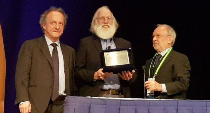 Premio Pezcoller consegnato al professor Hunter