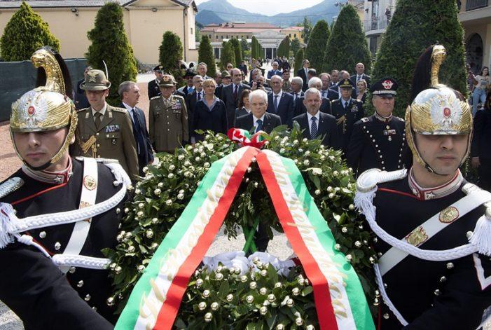 Adunata Alpini Trento 2018, il presidente Mattarella rende onore a tutti i Caduti nell'Adunata della Pace