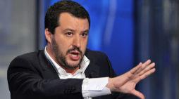 Caso Diciotti, il Governo è salvo? Voto on line M5S: no processo a Salvini