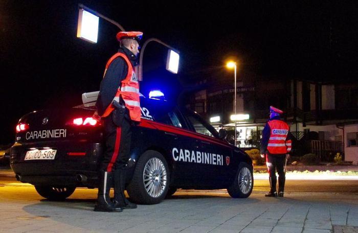 Droga, Carabinieri Cavalese convocano 100 acquirenti, 7 minorenni. Operazione anche a Bolzano