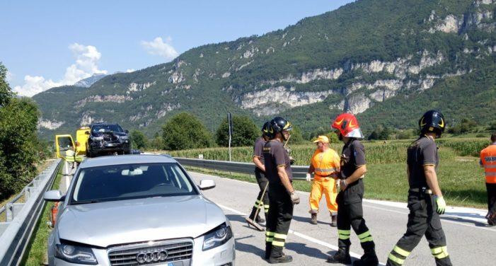 Schianto tra tre auto a Fonzaso, venerdì 17 agosto con molti disagi al traffico lungo lo Schenèr