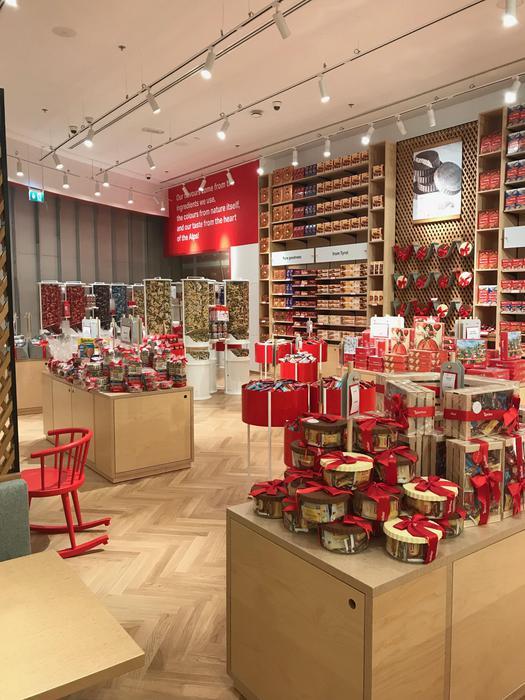 """Delizie """"Made in Südtirol"""": apre a Dubai il primo store Loacker"""