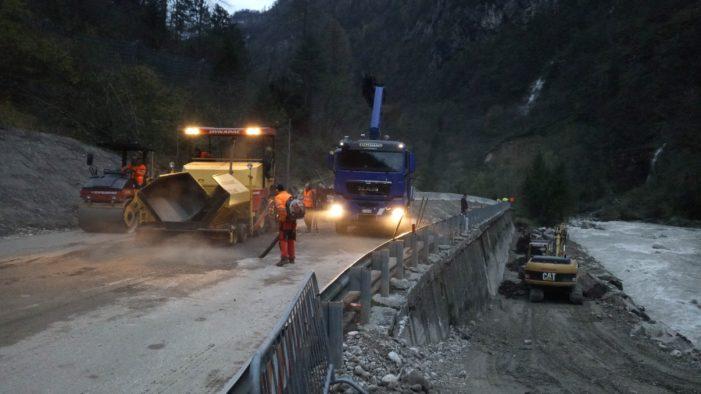 Maltempo a Primiero, Voragine sullo Schenèr: traffico riaperto dopo soli due giorni