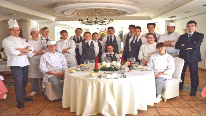 Buon Natale a tavola con gli allievi del centro Alberghiero Enaip di Primiero