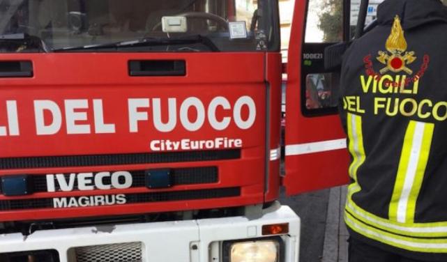 Vigili del fuoco di San Martino di Castrozza in azione in un hotel della zona