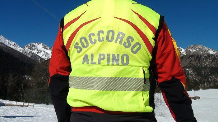 Bolzano, Precipita e muore il capo dei Vigili del fuoco di Lappago. A Sondrio, veneziana travolta da una slavina