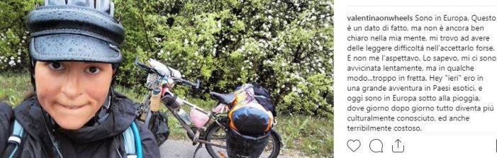 Valentina Brunet torna in Italia a maggio: sarà al 'Bicycle Adventure Meeting' di Mantova, ma il suo viaggio non è ancora finito