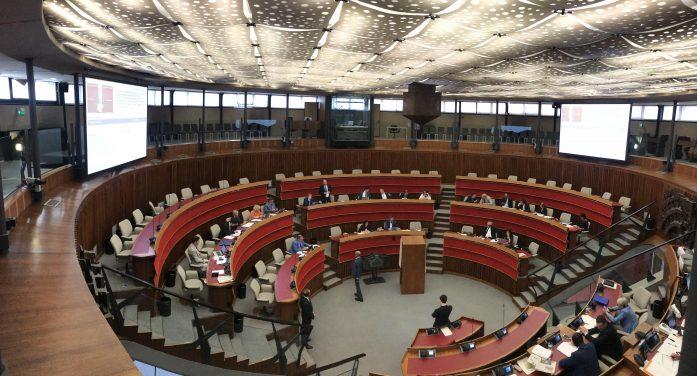 Tassa di soggiorno in Trentino, via libera all'aumento da 0,70 a 1,5 euro per gli alloggi turistici in Val di Non. Giunta lavora a revisione legge