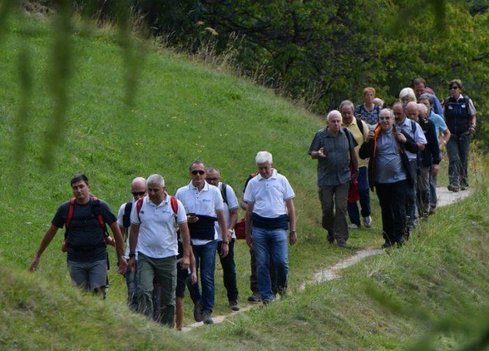 """Dopo 'Vaia' il Vescovo Tisi scrive ai turisti in Trentino:  """"I luoghi chiedono di non essere dimenticati"""""""